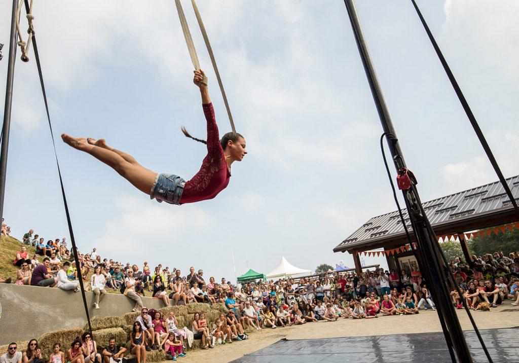 living-circus-iv-festival-diffuso-di-arti-performative-contemporanee-02