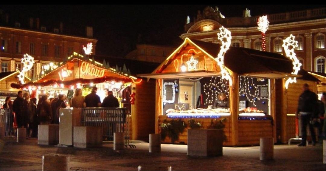Immagini Mercatini Natale.I Mercatini Di Natale Di Torino Aprono Oggi La Magia Delle
