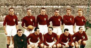 Juve e Toro insieme nel ricordo della tragedia del Grande Torino: delegazione dello Juventus Museum a Superga