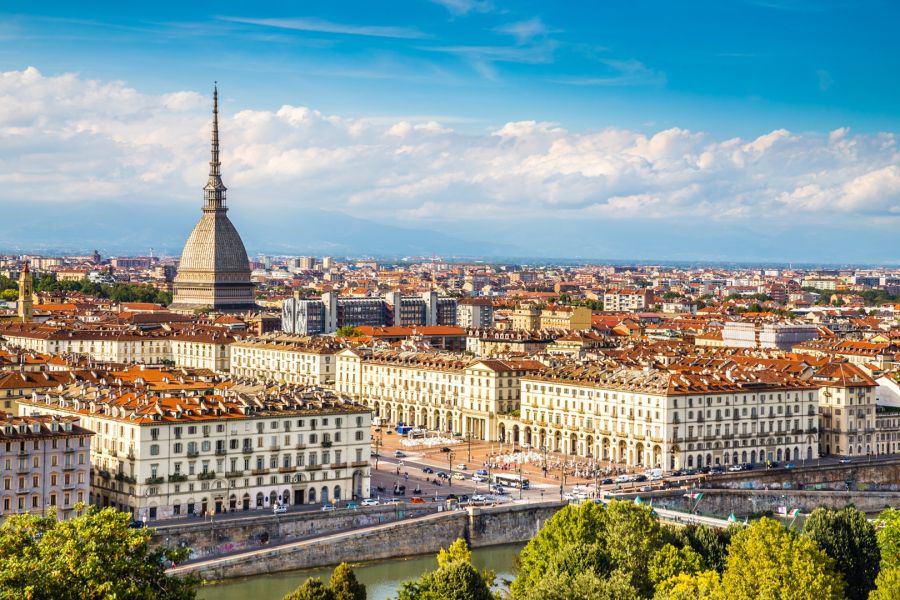 Meteo, a Torino un'altra settimana di tempo instabile: sole e pioggia si alterneranno