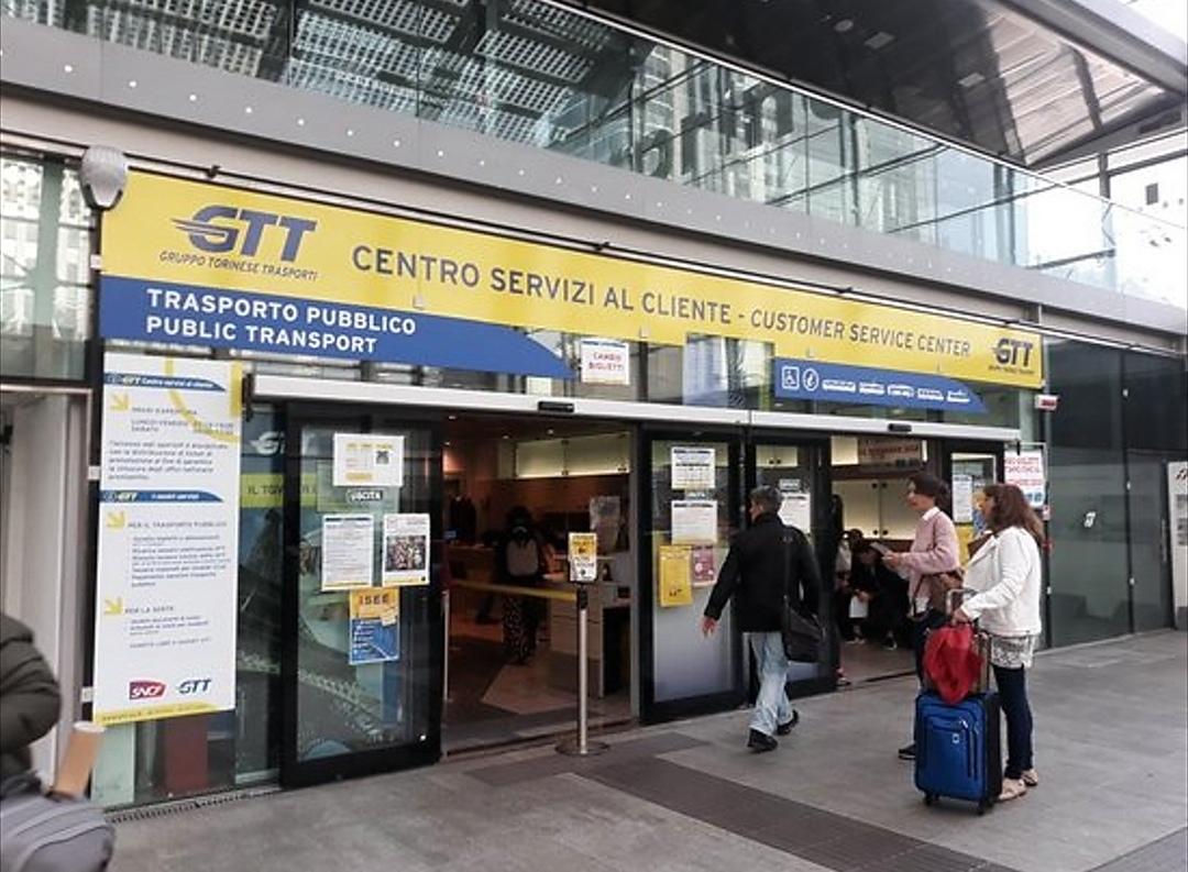 Arriva a Torino Ufirst, l'app che permette di risparmiare tempo agli sportelli Gtt