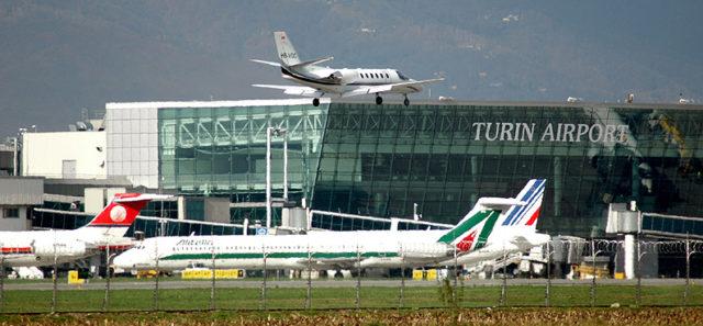 L'aeroporto di Caselle si è piazzato al secondo posto in Italia nella classifica della puntualità dei voli: al primo posto c'è l'aeroporto di Genova