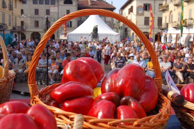 Torna Bollicine e Peperoni a Carmagnola, l'evento che segue la Fiera Nazionale del Peperone