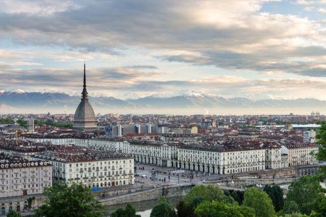 Meteo, a Torino settimana di tempo variabile: minime in calo