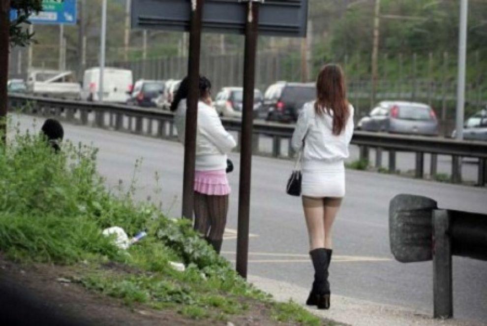 erotico per donne prostitute a casa roma