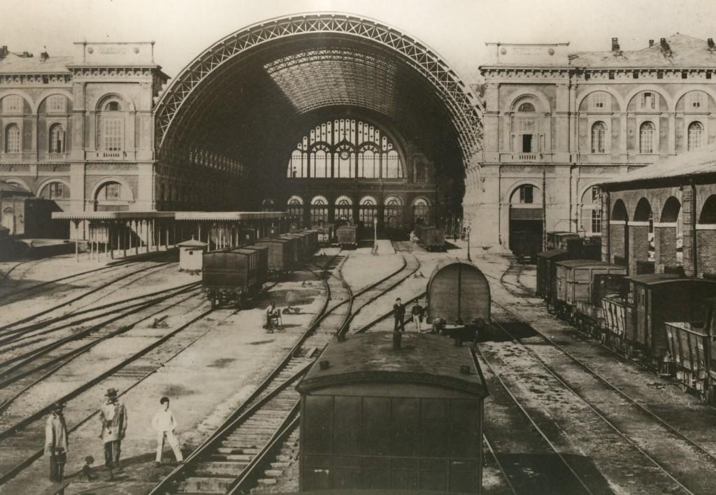 La stazione di Porta Nuova di Torino