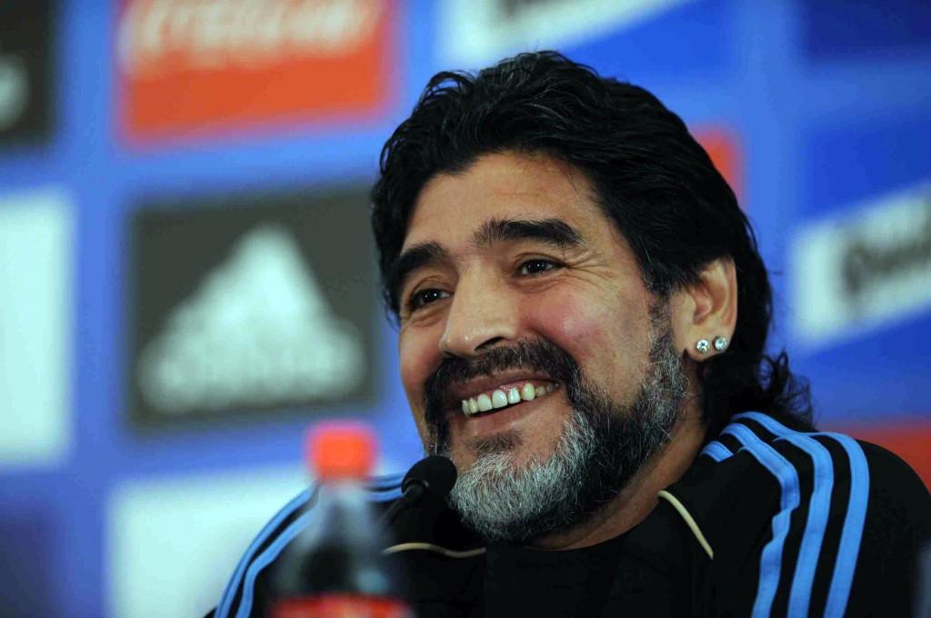 Superstizione e sport: ecco le scaramanzie ed i riti per vincere in campo  Diego Armando Maradona