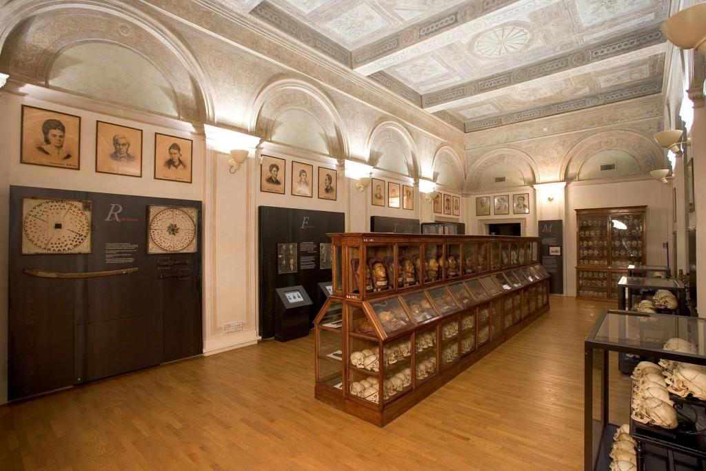 Cesare Lombroso, il museo del padre della psicologia criminale