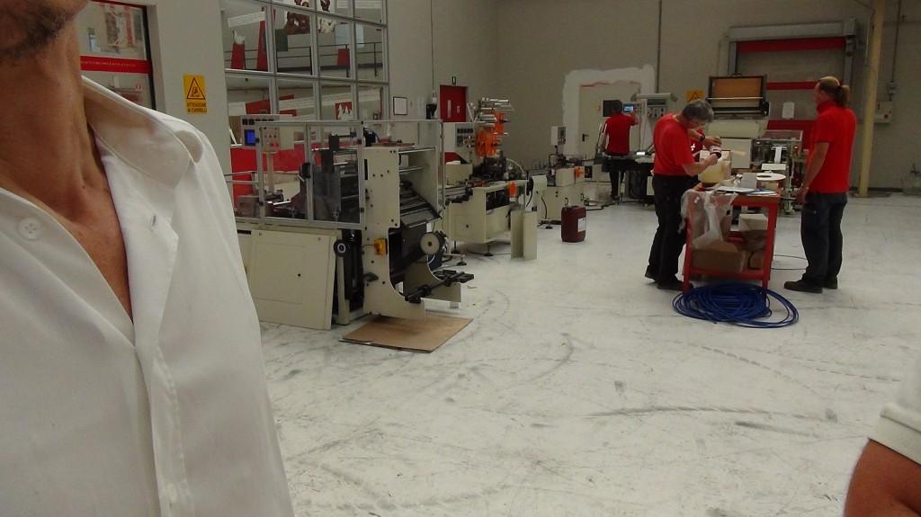 Giampaolo Messina e alcuni operai al lavoro