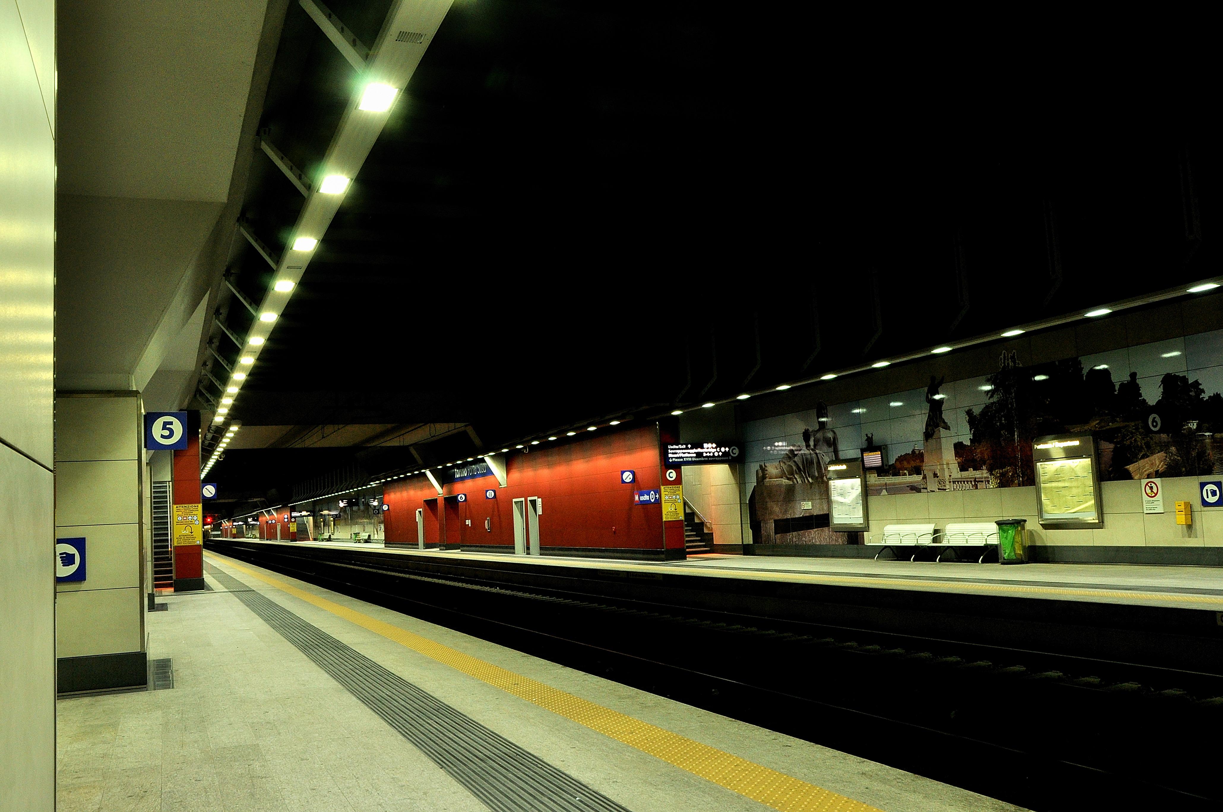 Le gru si arriver anche in treno mole24 - Orari treni milano torino porta susa ...
