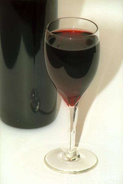 vino Dolcetto Piemonte