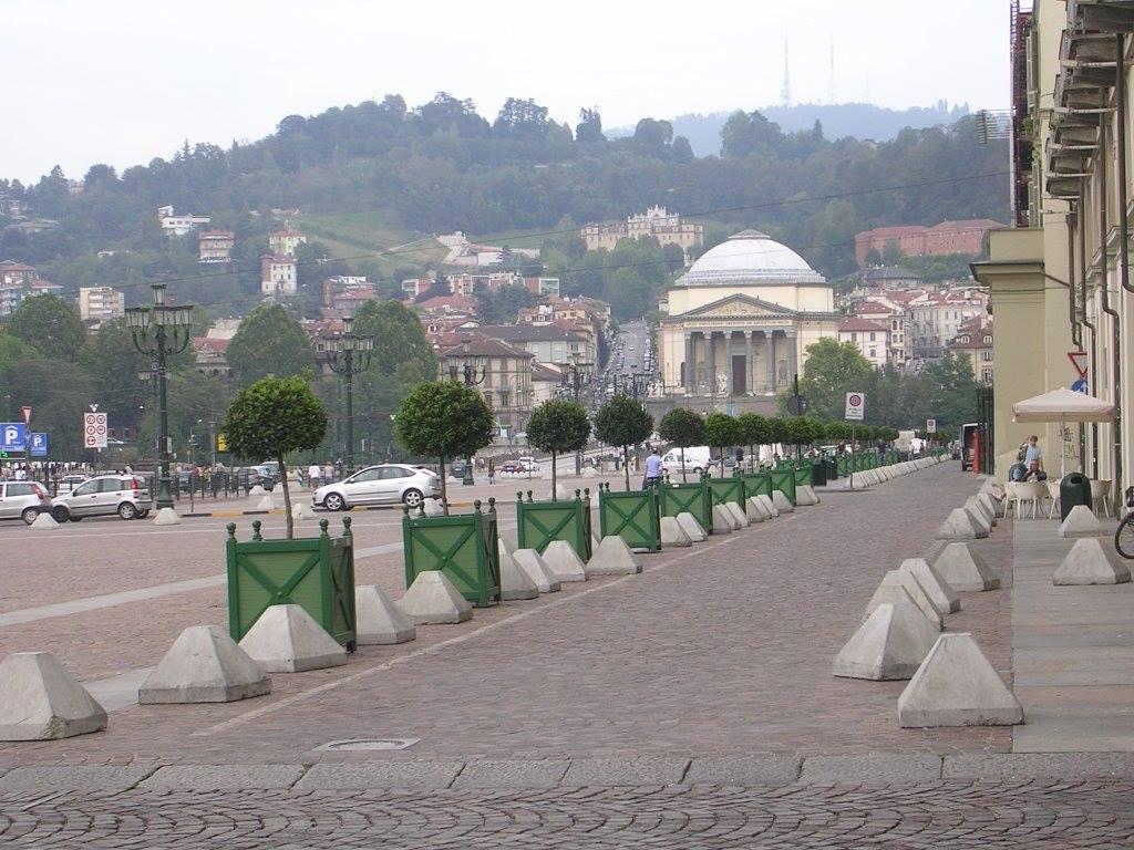 La panoramica di piazza Vittorio