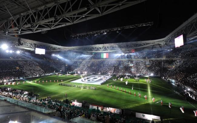 Lo Juventus Stadium si ribella alla curva