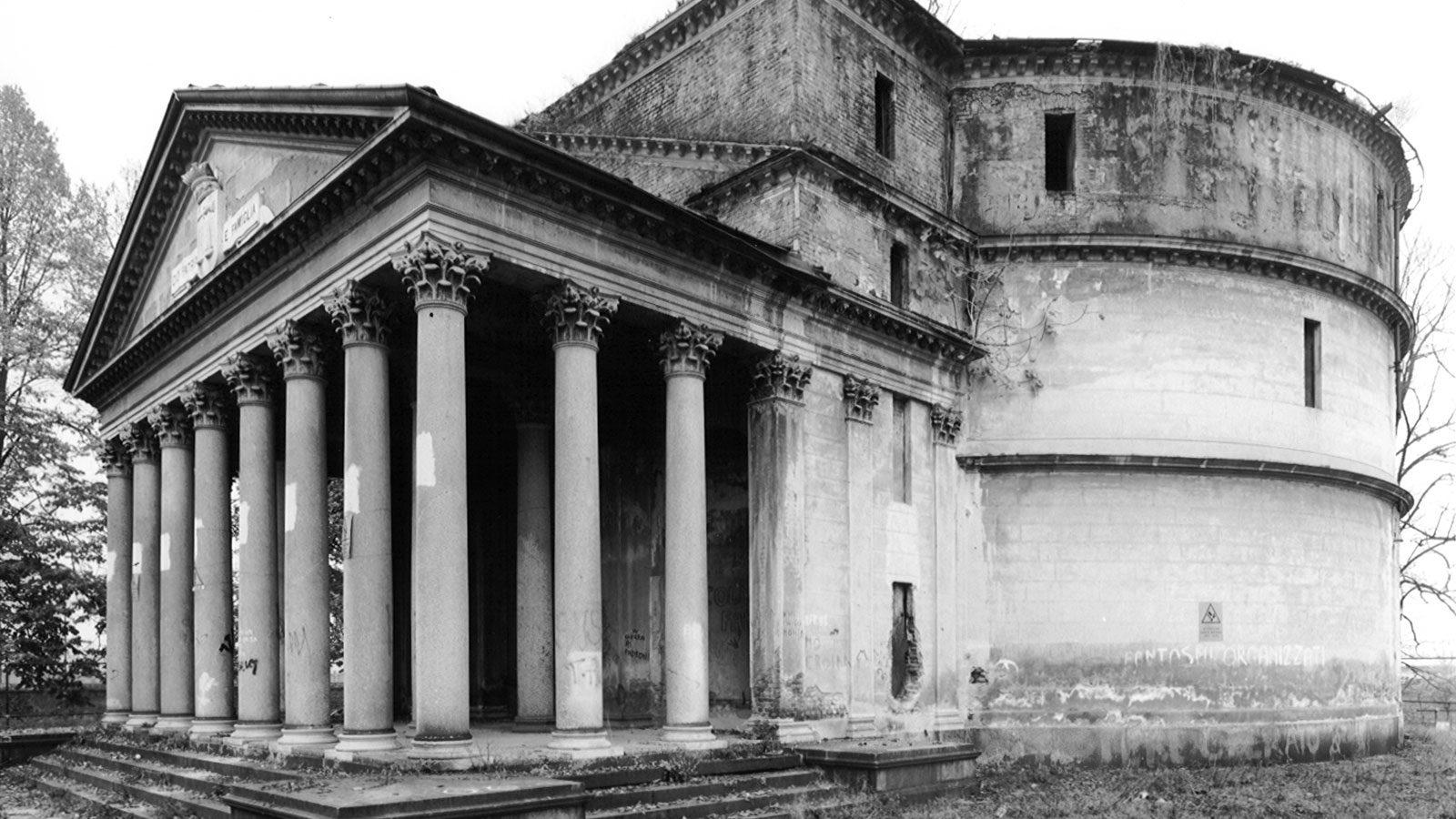 Bela Rosina prima del restauro