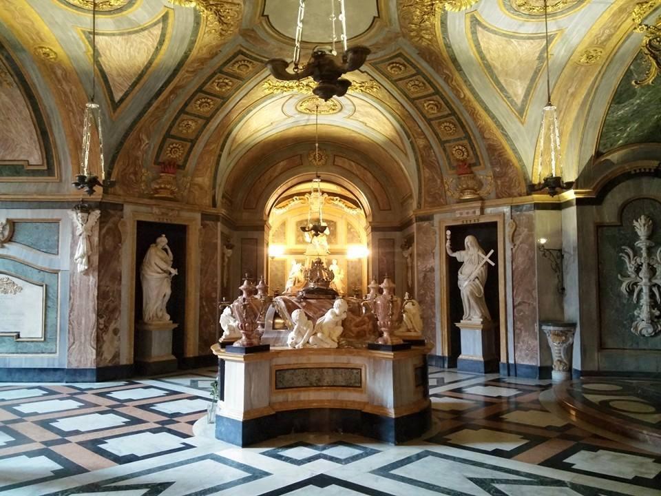Photo of La tomba dei Savoia a Superga: la cripta della Basilica che ospita i Reali
