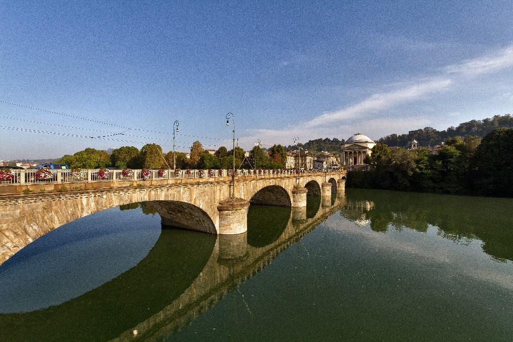 Torino Il tesoro nascosto del ponte Vittorio Emanuele I