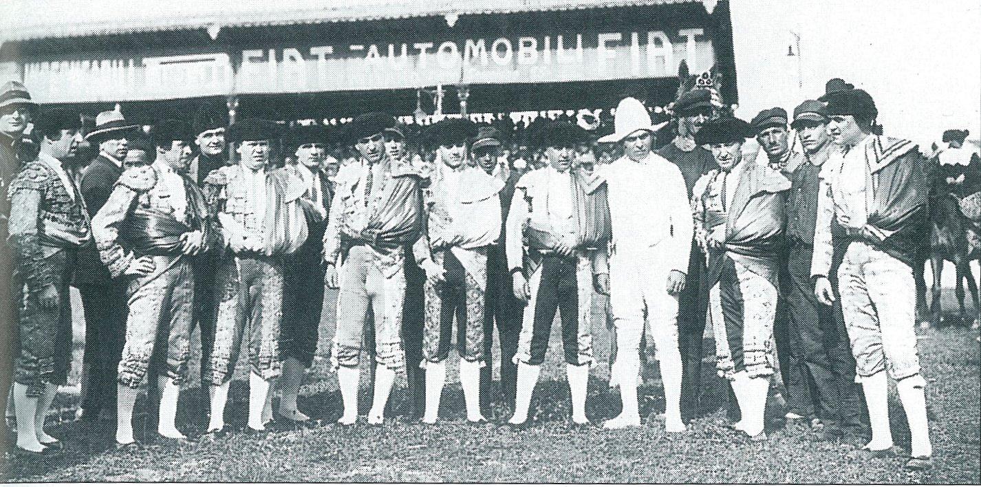 Toreri durante una Corrida allo Stadium
