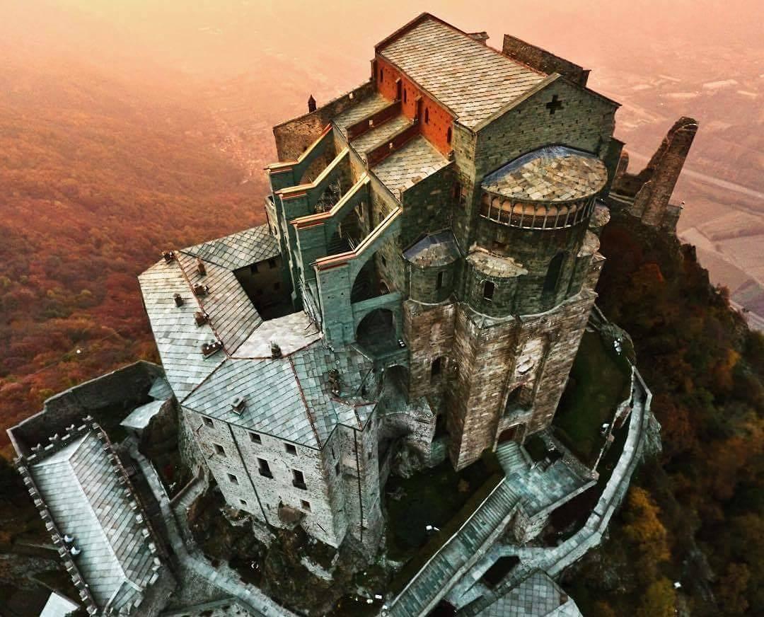 Photo of La Sacra di San Michele tra i 10 luoghi più misteriosi d'Italia