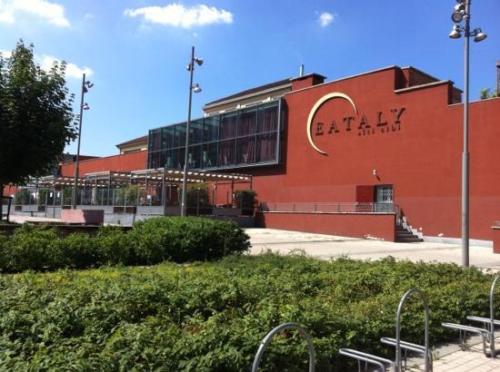 Photo of Eataly sbarca in Cina: tra i progetti dell'azienda di Farinetti anche nuove aperture negli USA