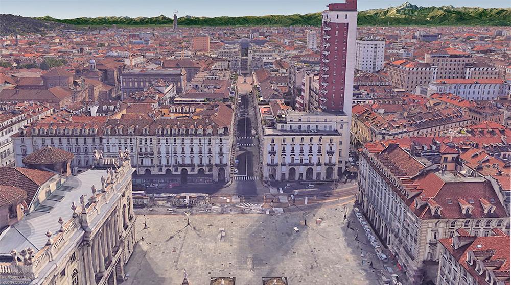 Via Roma vista dall'Alto da piazza Castello
