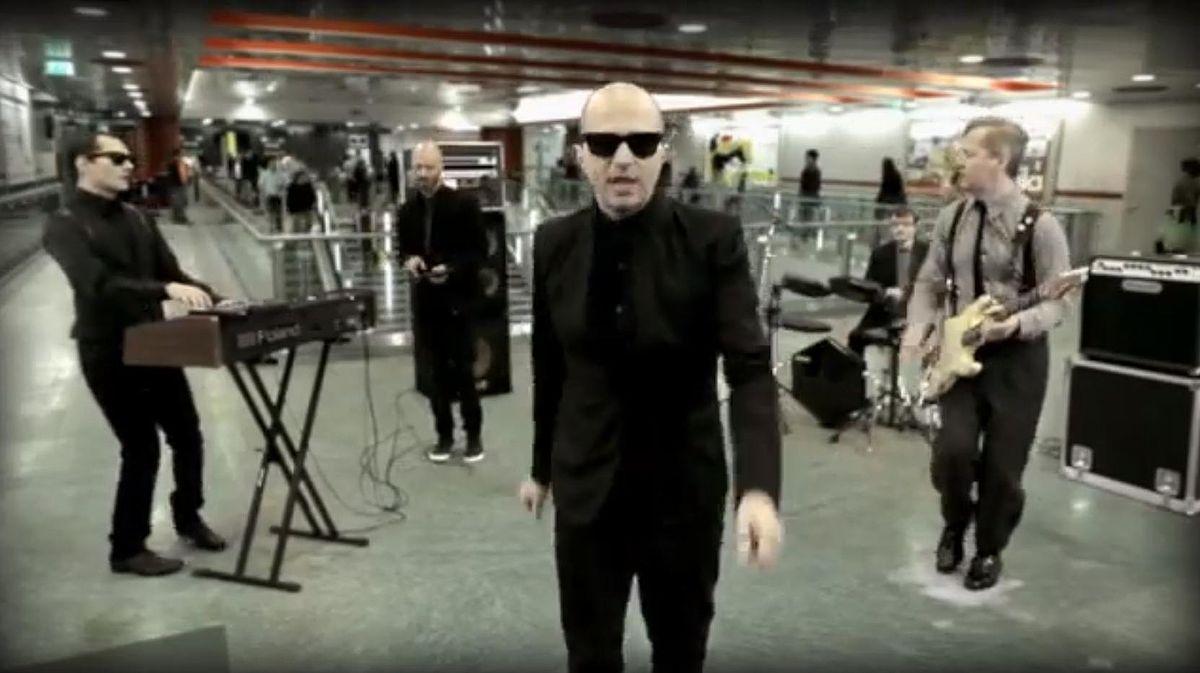 Photo of Videoclip musicali a Torino: la città si trasforma in un set per canzoni
