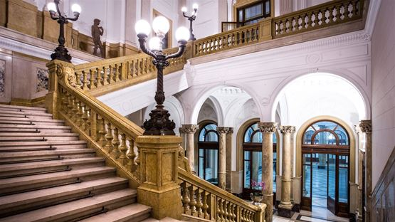 Palazzo della Luce a Torino, simbolo di innovazione e tradizione
