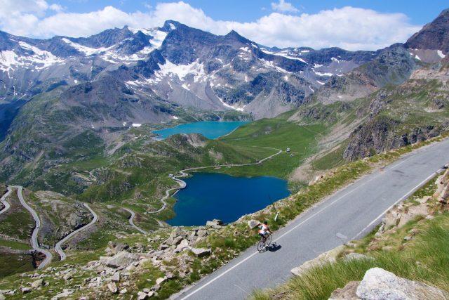 Colle del Nivolet: lo spartiacque tra Torino, Francia e Valle d'Aosta