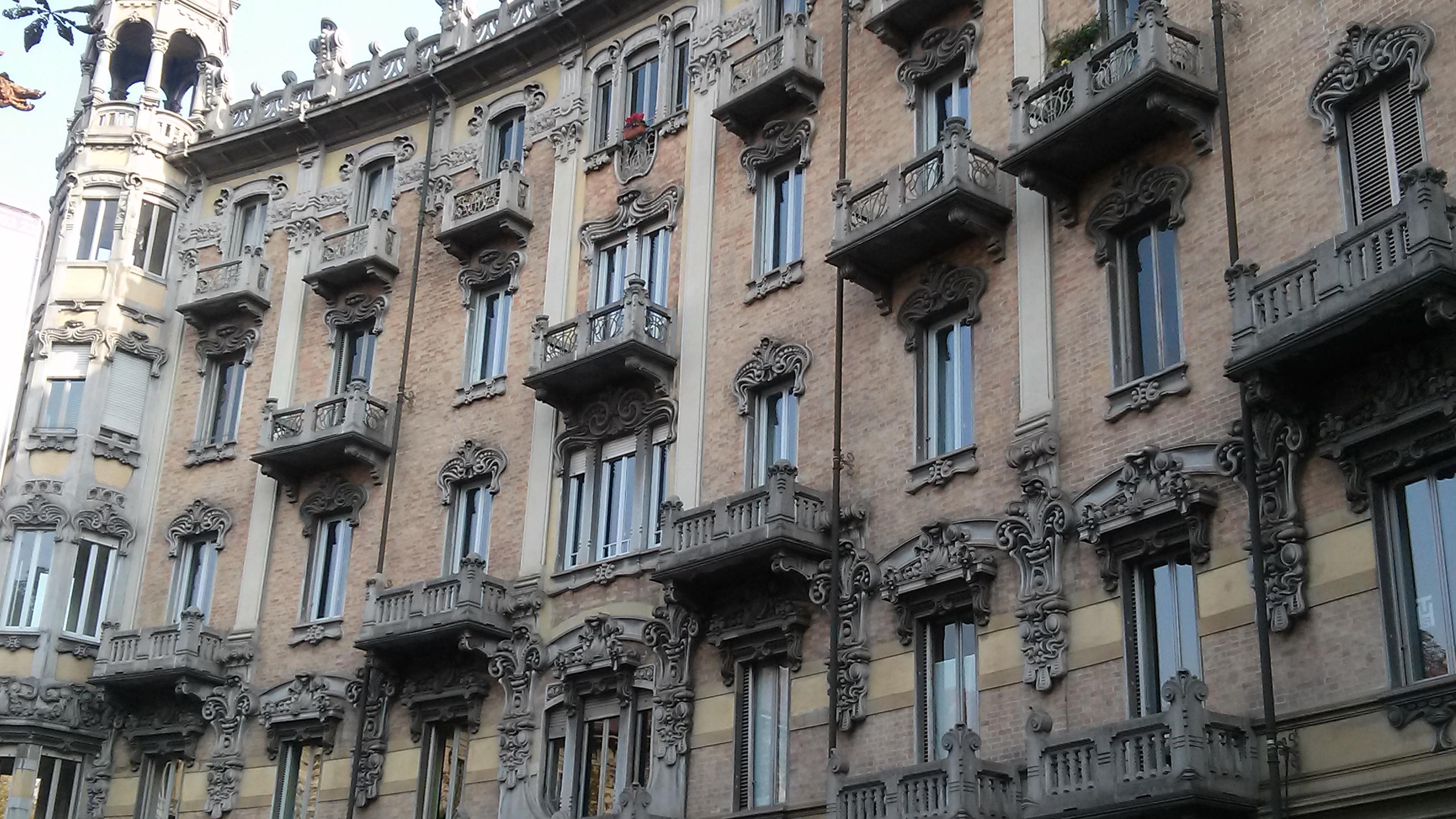 Photo of Le case della Crocetta dimora di personaggi storici: ce ne parla la nostra House Hunter Laura Polesinanti