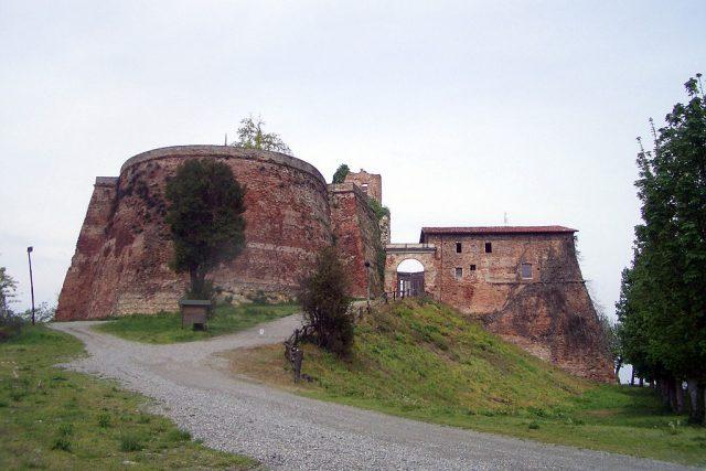 Rocca di Verrua, la fortificazione spartiacque tra Torino e Vercelli