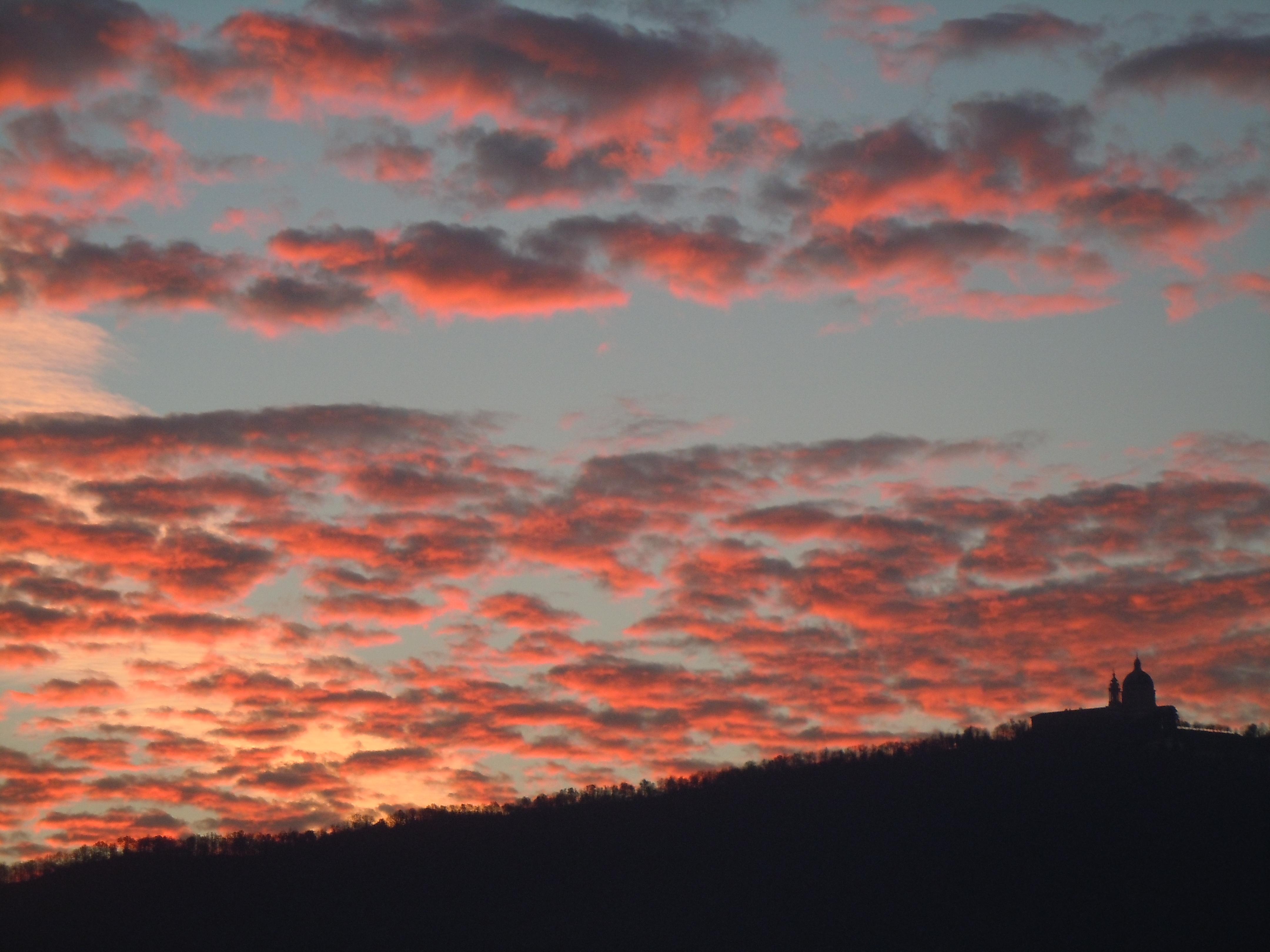 Photo of A Torino il sole sorge a… Superga: spettacolo senza pari per Rousseau e De Amicis, il racconto della nostra House Hunter