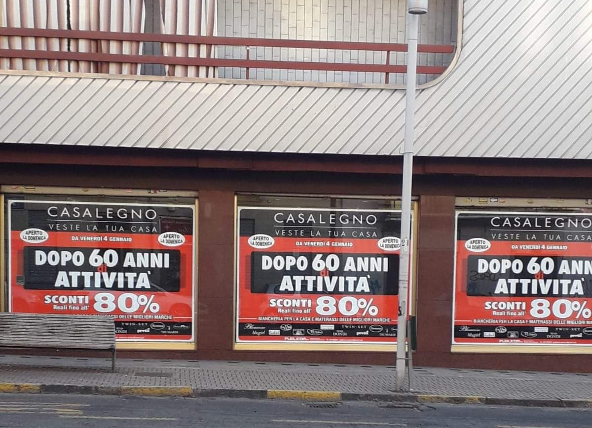 Negozi Biancheria Casa Torino dopo oltre 60 anni chiude casalegno: l'immenso negozio di