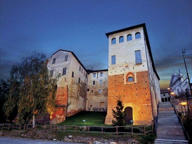Castello di Buronzo, viaggio nella