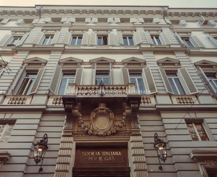 Photo of Nuovi appartamenti nell'ex sede Italgas in centro Torino: la trasformazione dell'edificio raccontata dalla nostra House Hunter