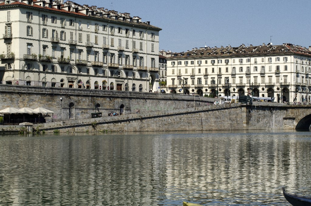 Photo of Torino, i Murazzi come il lungo Tevere a Roma: ecco il progetto con musica, cibo e sport