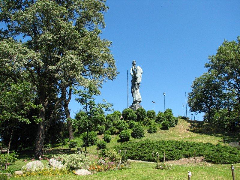 Photo of Chiuso l'ex parco giochi al Colle della Maddalena: troppo elettrosmog