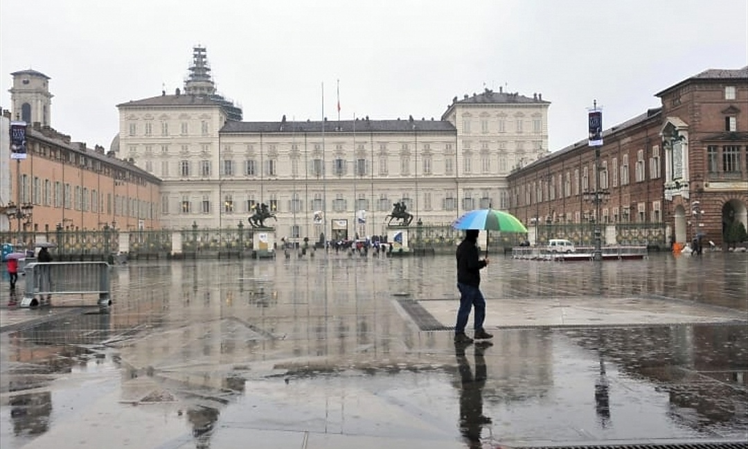Meteo, a Torino settimana di tempo instabile: nel weekend torna il sole, temperature fino a 23 gradi