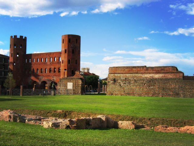 Meteo, a Torino un primo maggio soleggiato, ma arriva il maltempo nei prossimi giorni
