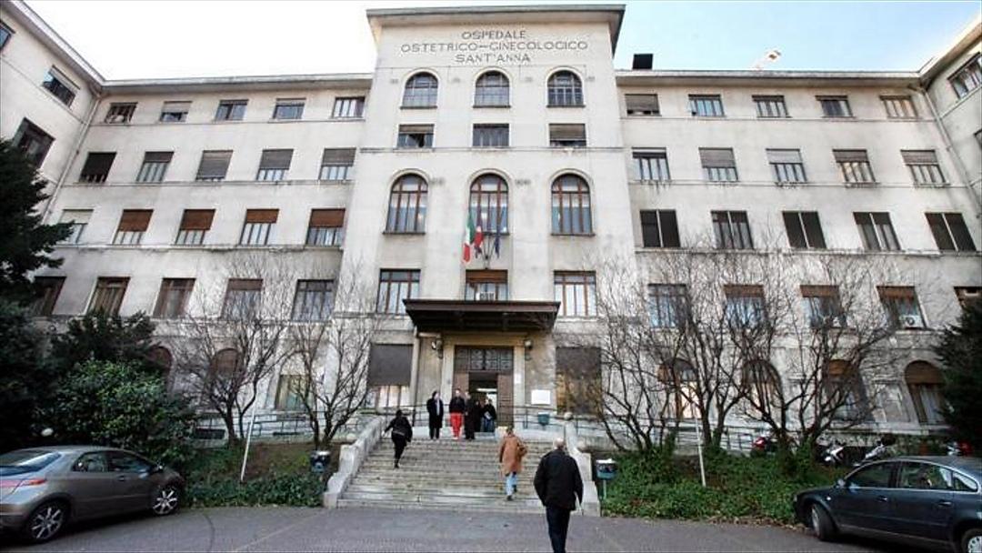 Photo of Ospedale Sant'Anna, parto record con cisti di 18 centimetri: salvate mamma e neonata