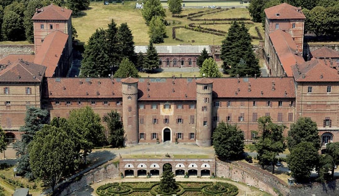 Riapre in parte il Castello di Moncalieri: alcune aree del maniero saranno di nuovo visitabili