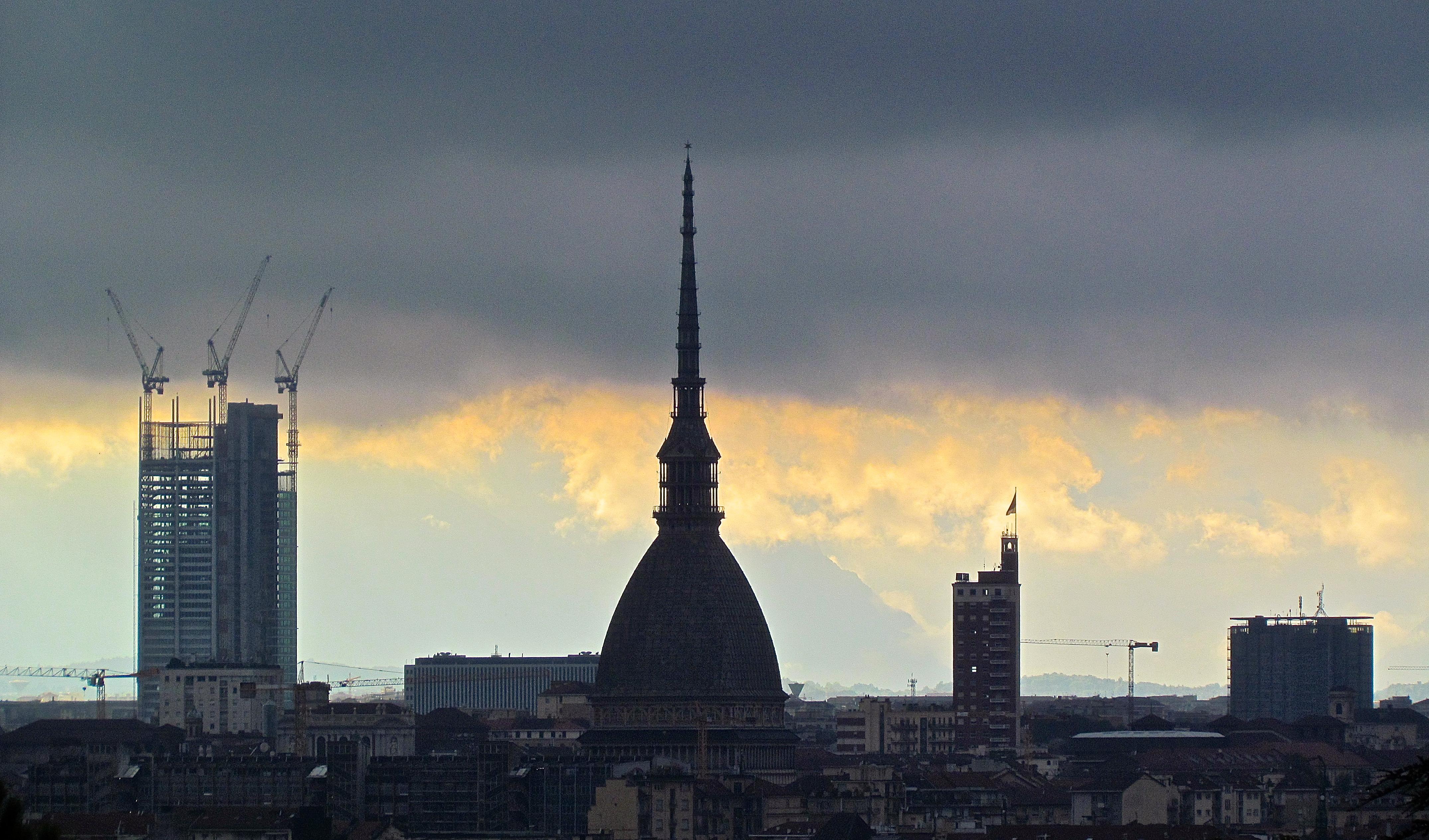 Photo of Al via lo studio per il terzo grattacielo a Torino: l'esito arriverà entro fine anno