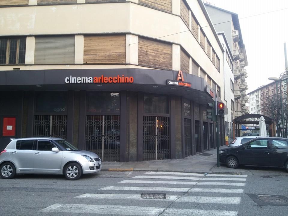 Photo of Torino, un maxi discount al posto del Cinema Arlecchino: i commercianti sul piede di guerra