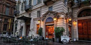Torino, piazza Carignano sarà il nuovo polo del gusto: tante le novità in arrivo