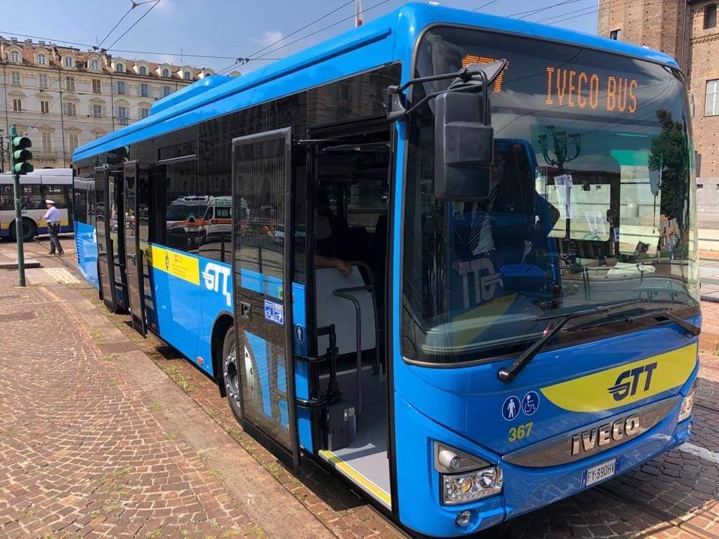 Photo of Gtt, a Torino presentati i nuovi 41 bus Iveco Crossway: serviranno le linee extraurbane