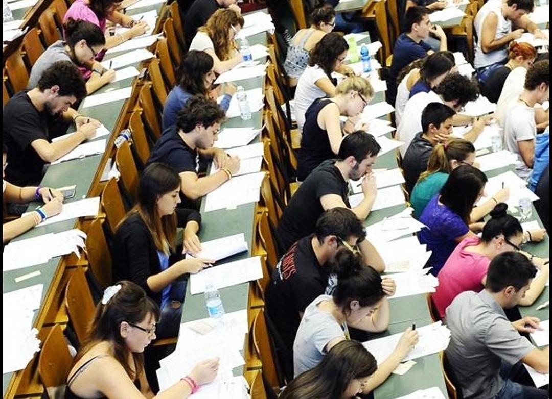 Photo of Università di Torino, boom di iscritti ai test d'ingresso alle triennali