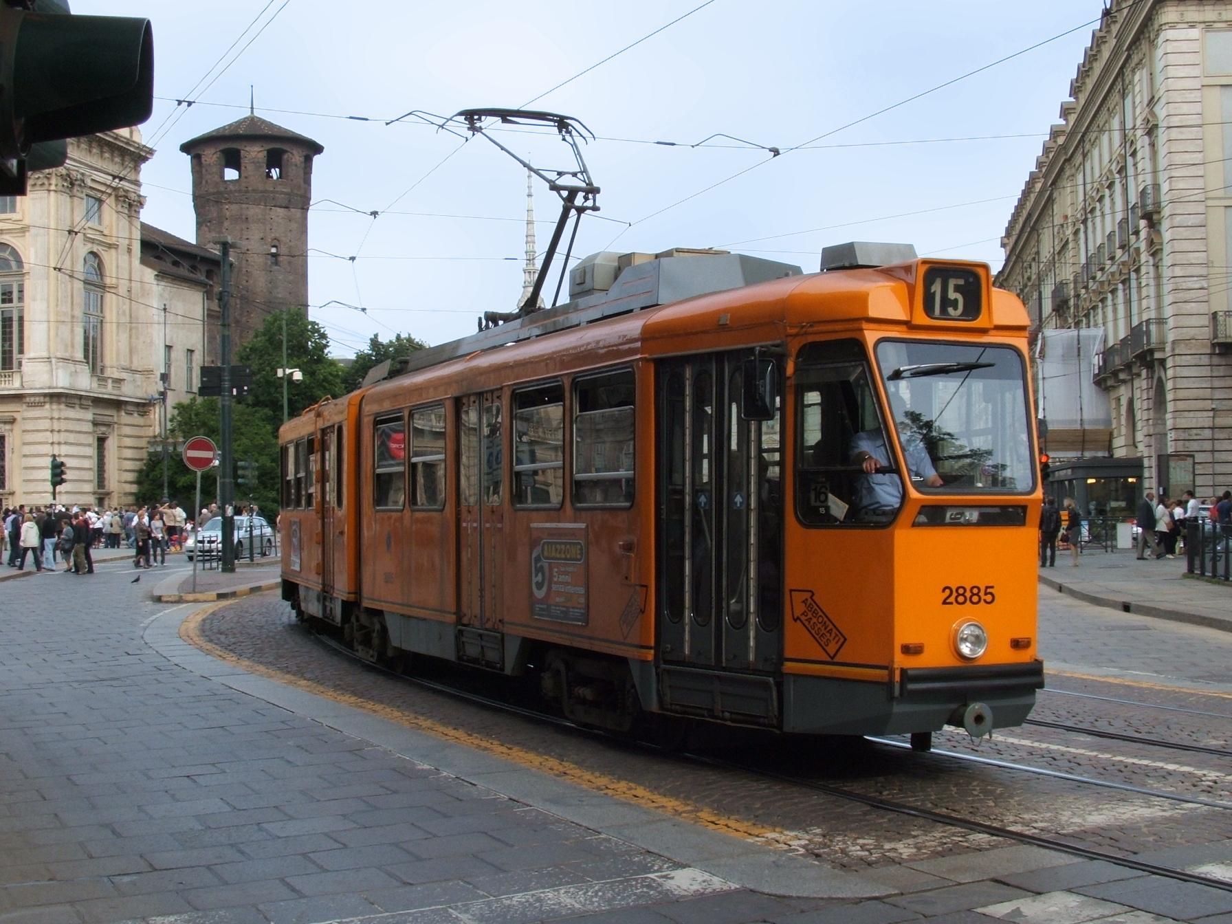 Photo of A Torino arrivano i tram del futuro: progettati da Hitachi Rail, saranno gialli e blu