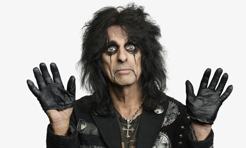 Photo of Musica, arriva a Torino Alice Cooper: ultimi posti disponibili per il concerto