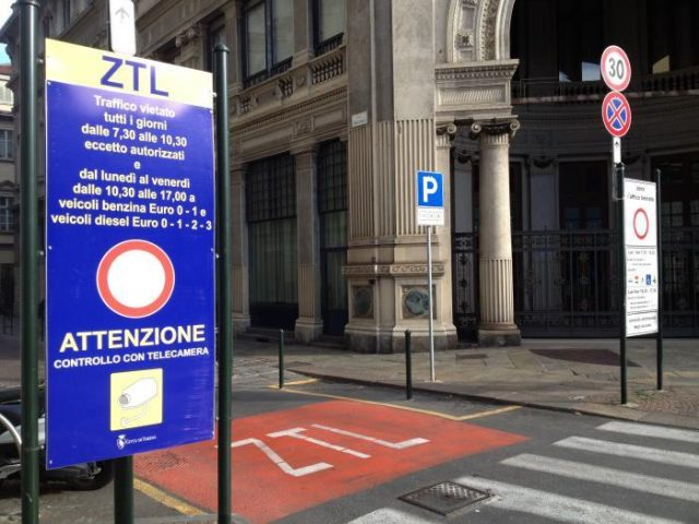 Ztl, a Torino rinviate le nuove normative: non partiranno da gennaio 2020, da definire altri dettagli
