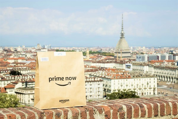 Photo of Prime Now a Torino: Amazon ti consegna la spesa a casa.