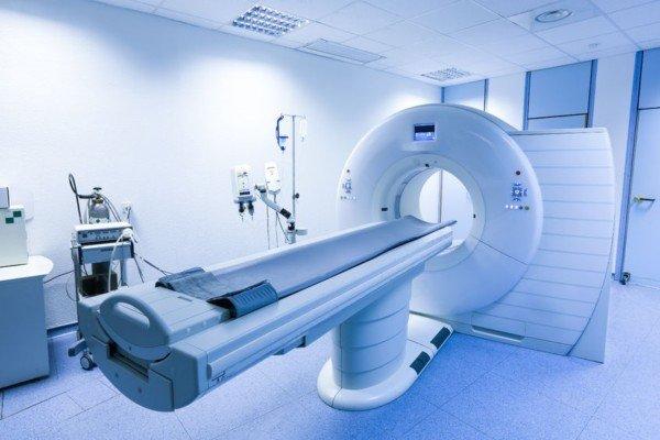 All'ospedale di Rivoli arriva la nuova tac da 1 milione di euro: il macchinario, più rapido e preciso, servirà per le oltre 10mila prestazioni all'anno