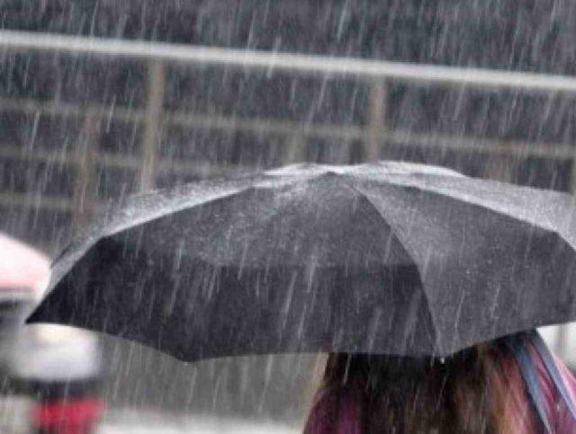Meteo, a Torino torna il maltempo: in arrivo pioggia e un brusco calo termico